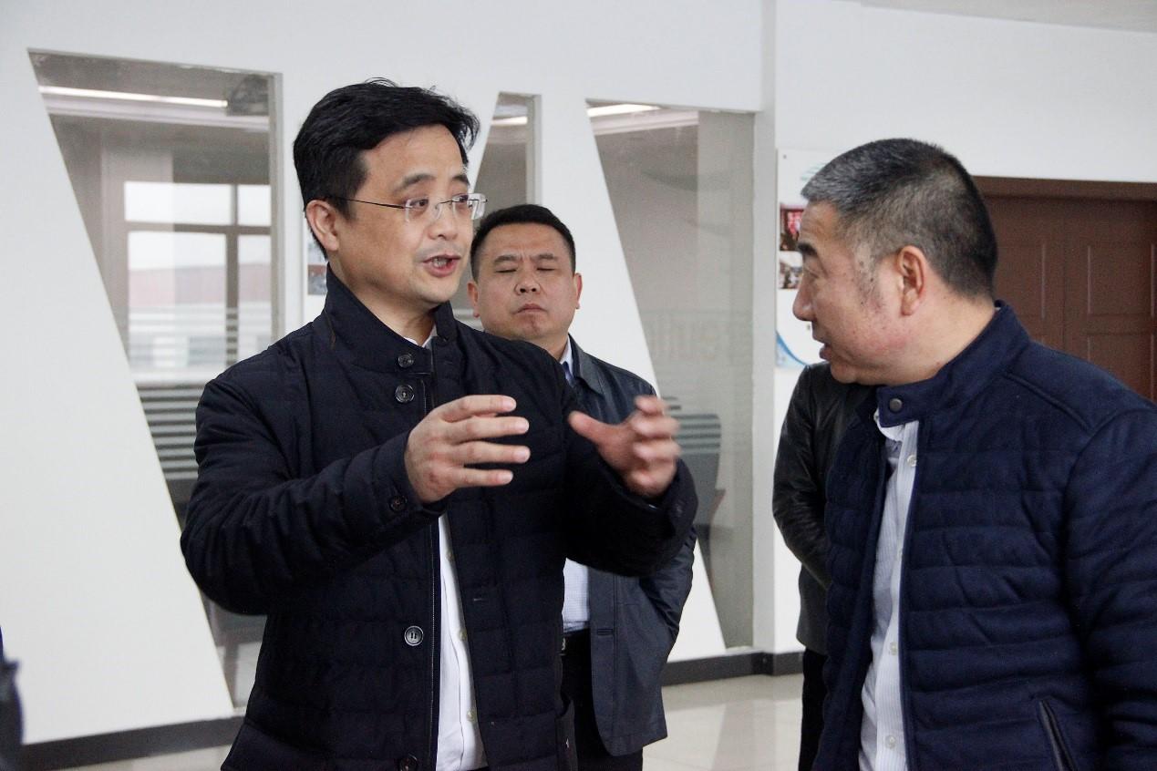 张贺文常务副市长调研希尔药业